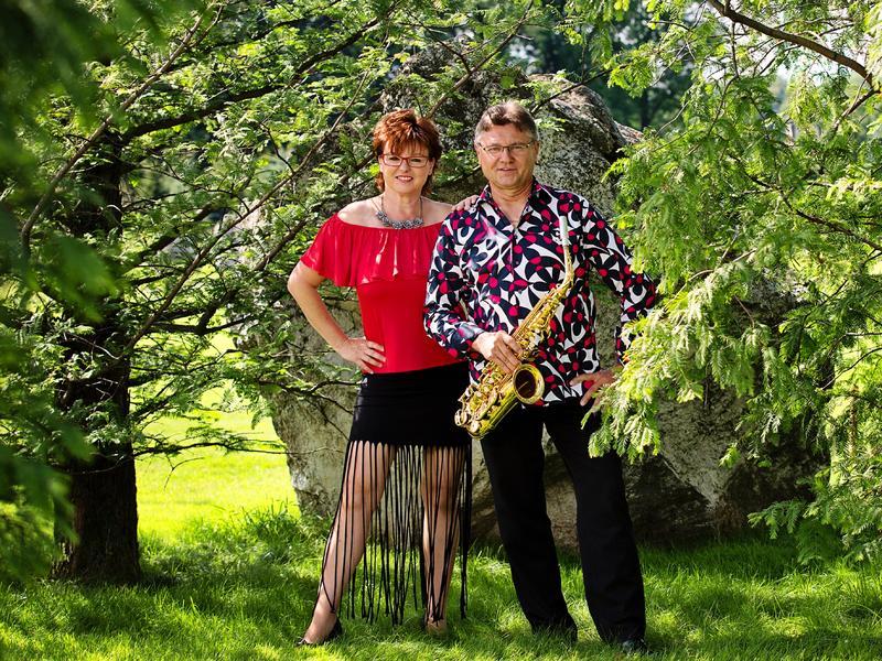 Musik & Tanz: Duo Hall